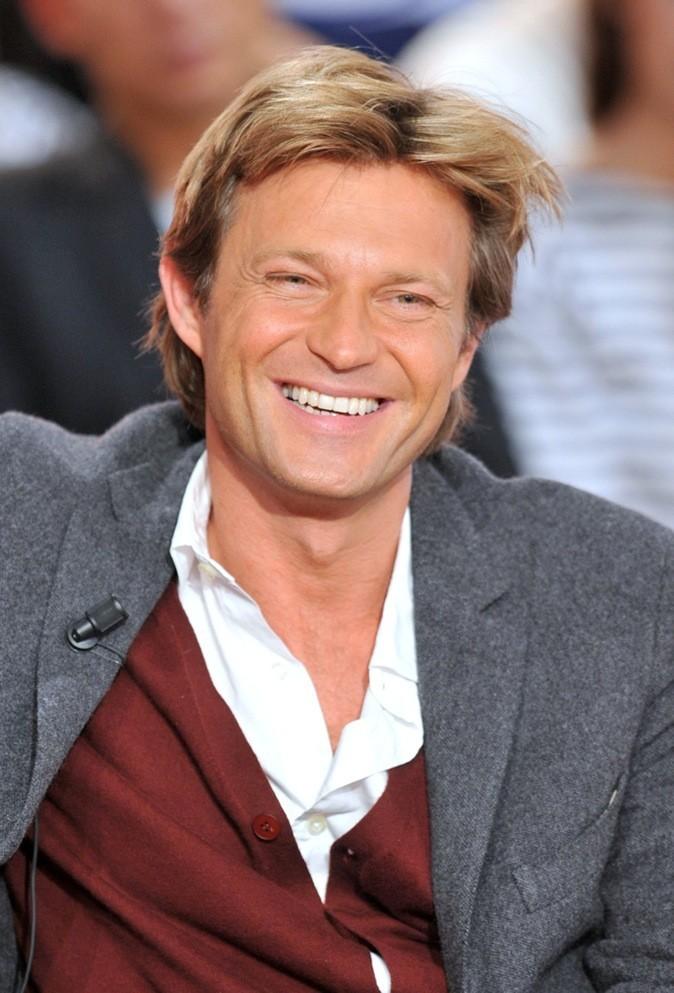 Laurent Delahousse enregistre l'émission Vivement Dimanche à Paris en 2011 !
