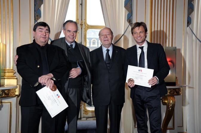 Laurent Delahousse reçoit le prix Roland Dorgeles !