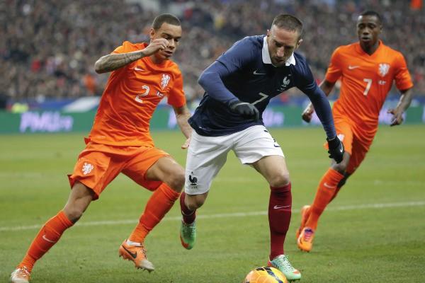 Franck Ribéry avec le maillot de l'équipe de France