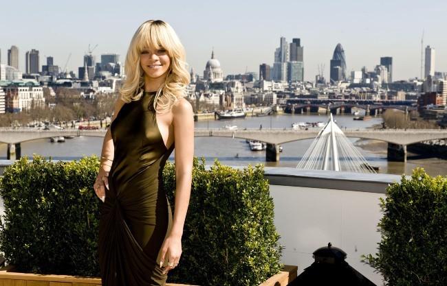 Rihanna lors du photocall du film Battleship à Londres, le 28 mars 2012.