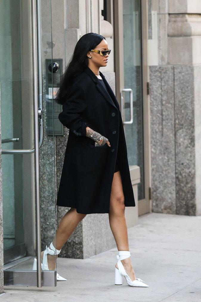 Photos : Rihanna : Drake, le père de son enfant...
