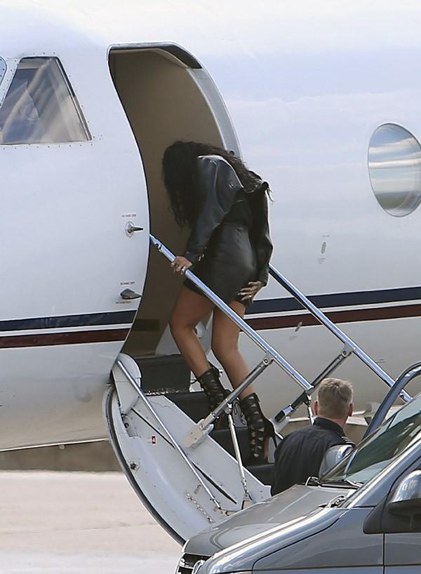 Rihanna à l'aéroport du Bourget le 5 juin 2014