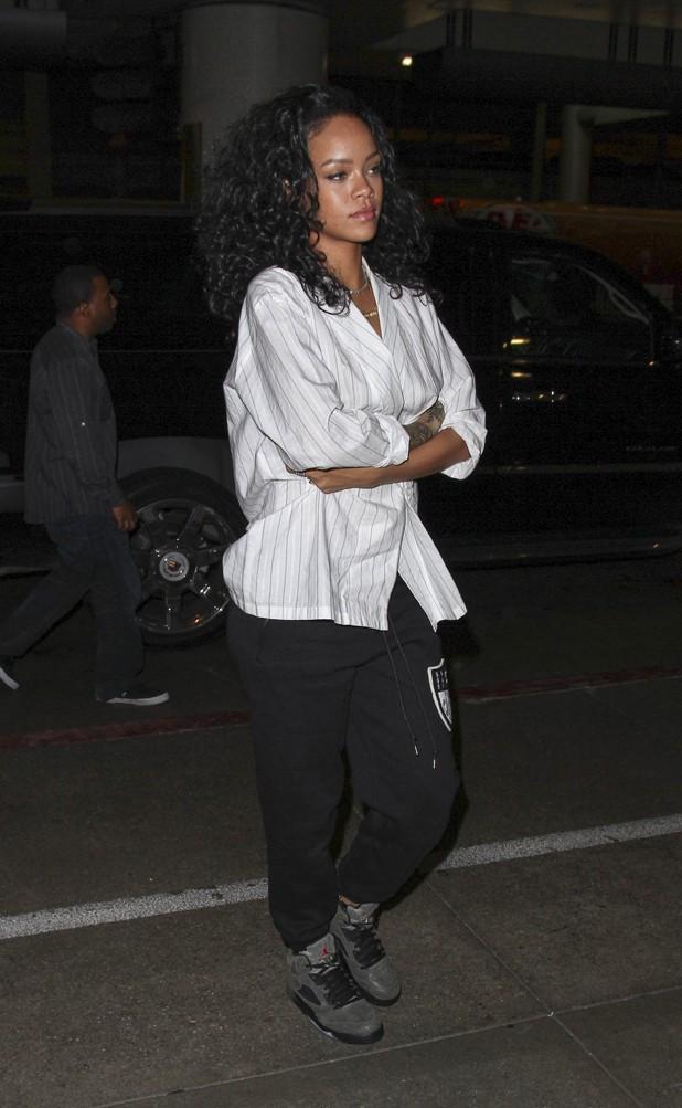 Rihanna à l'aéroport de Los Angeles le 7 juillet 2014
