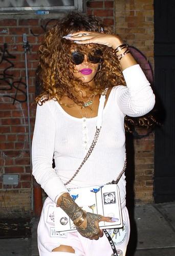 Photos : Rihanna : et un nouveau tattoo, un !