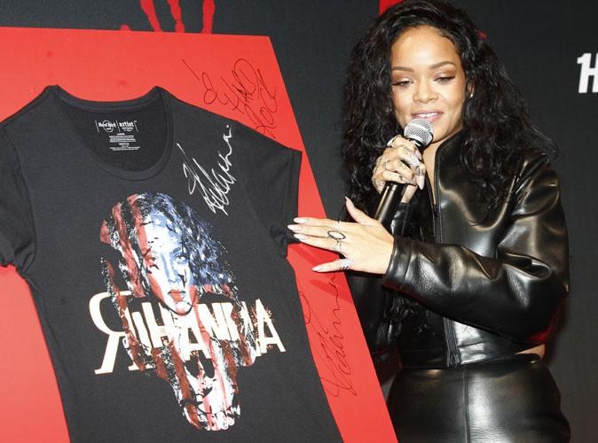 Rihanna : poupée glam rock pour dévoiler, à Paris, son tee-shirt caritatif en partenariat avec Hard Rock Café !