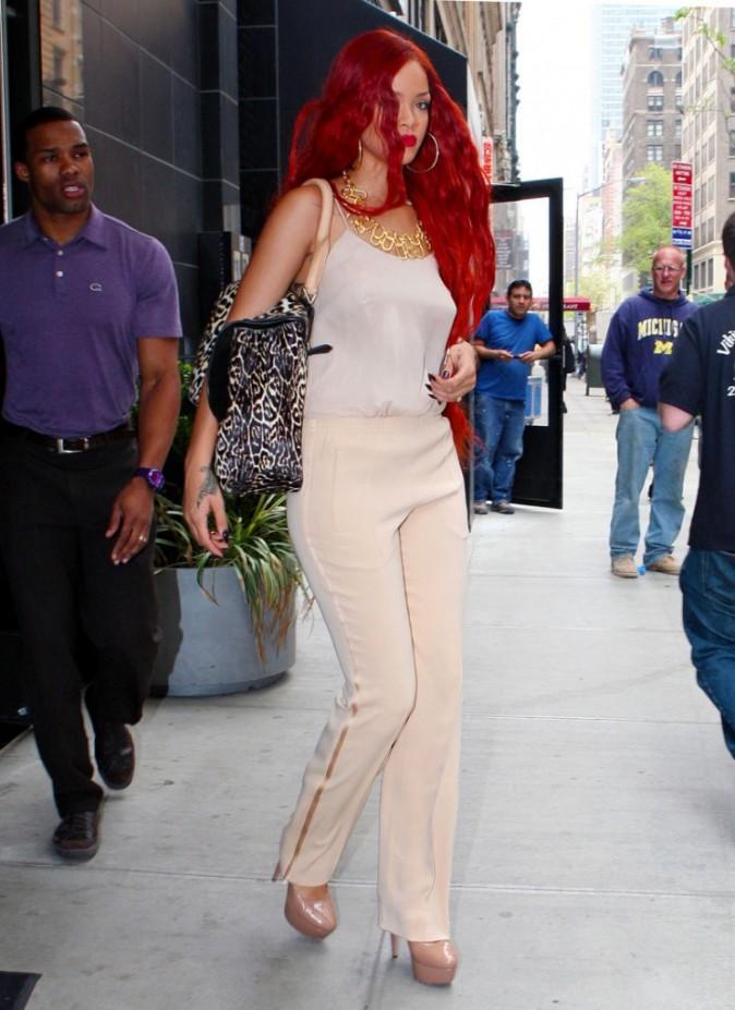 Rihanna et Taylor Momsen vont pouvoir faire un concours de cheveux longs !