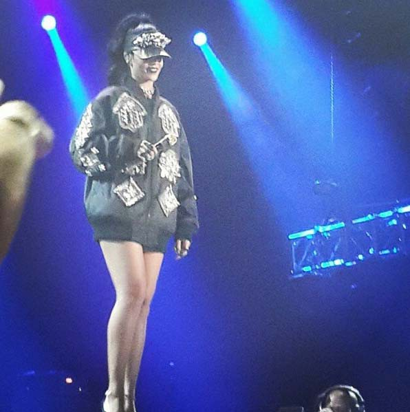 Rihanna en concert à Johannesbourg le 13 octobre 2013