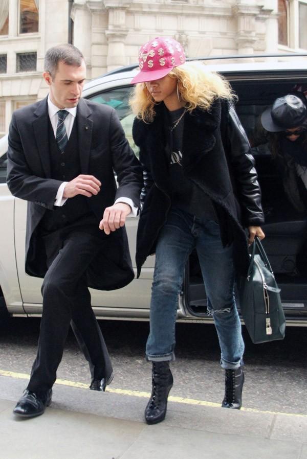 Rihanna débarque à Londres !