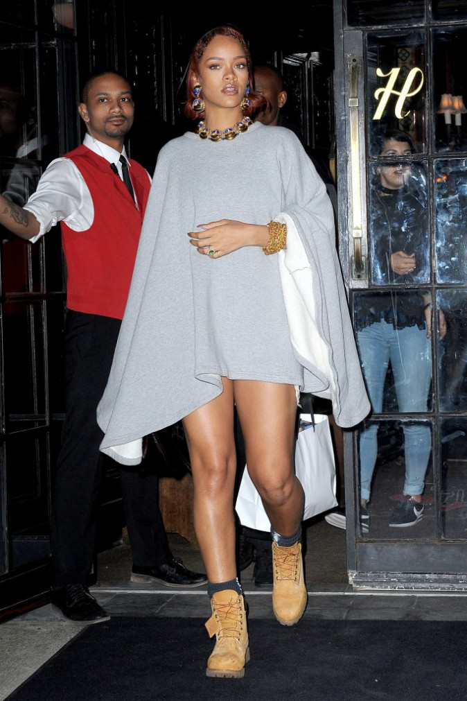 Photos : Rihanna : moquée au Met, elle répond !