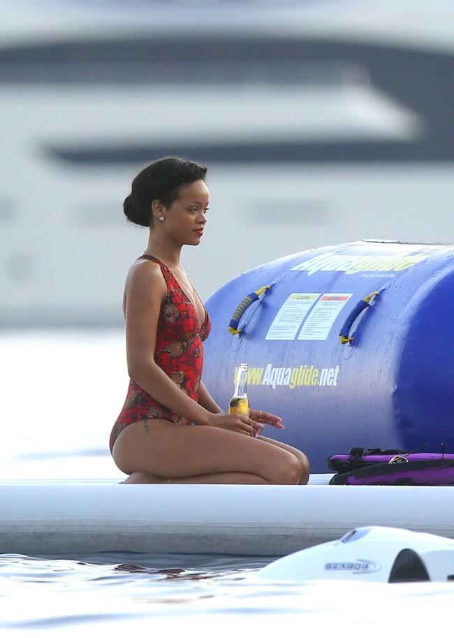 Rihanna le 26 juillet 2012 à Eze-sur-mer