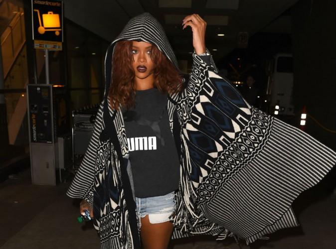 Rihanna : plus de bikini sexy mais un short ruiquiqui pour rentrer à Los Angeles !