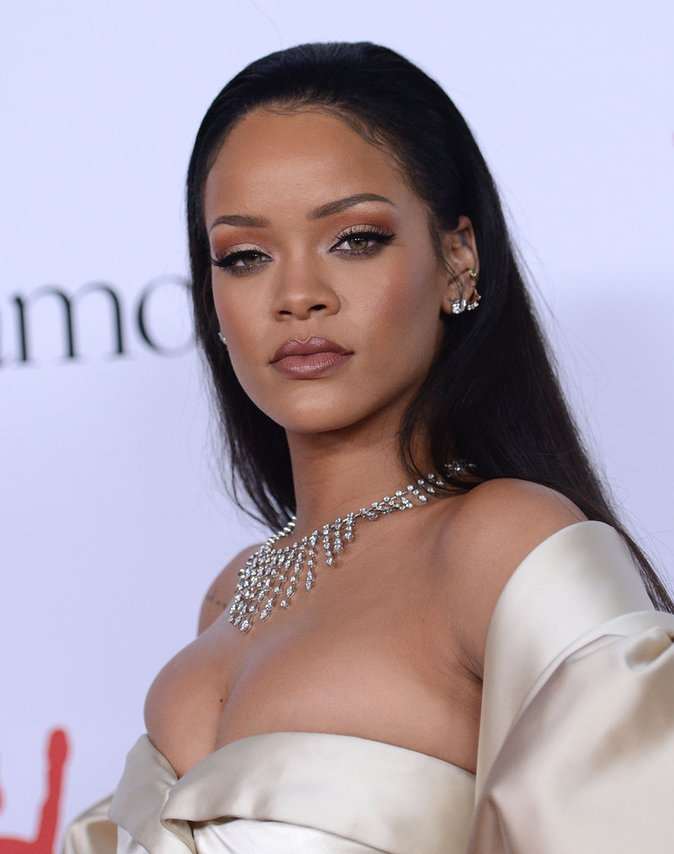 Photos : Rihanna : sa nièce Majesty lui vole la vedette au Diamond Ball 2015 !