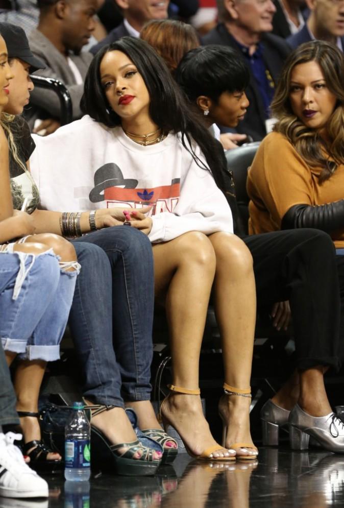 Photos : Rihanna : sexy et stylée pour mater Chris Brown mouiller le maillot !