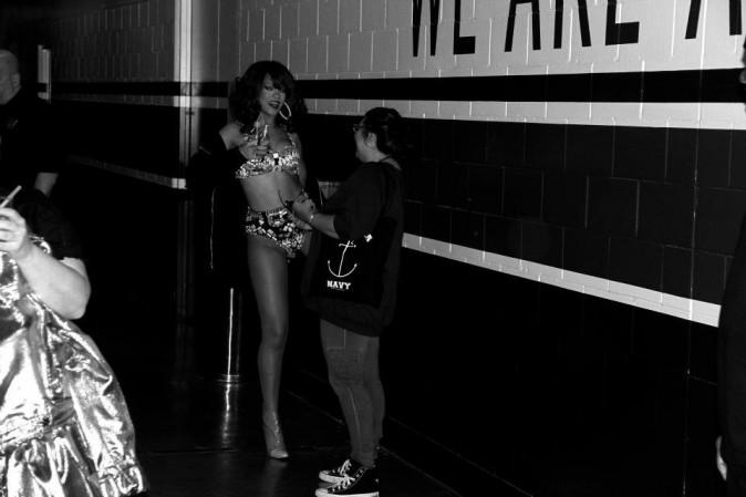 Dans les couloirs avant sa montée sur scène ...