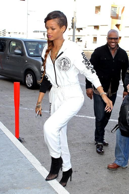 Rihanna à l'aéroport de Los Angeles le 3 mars 2013