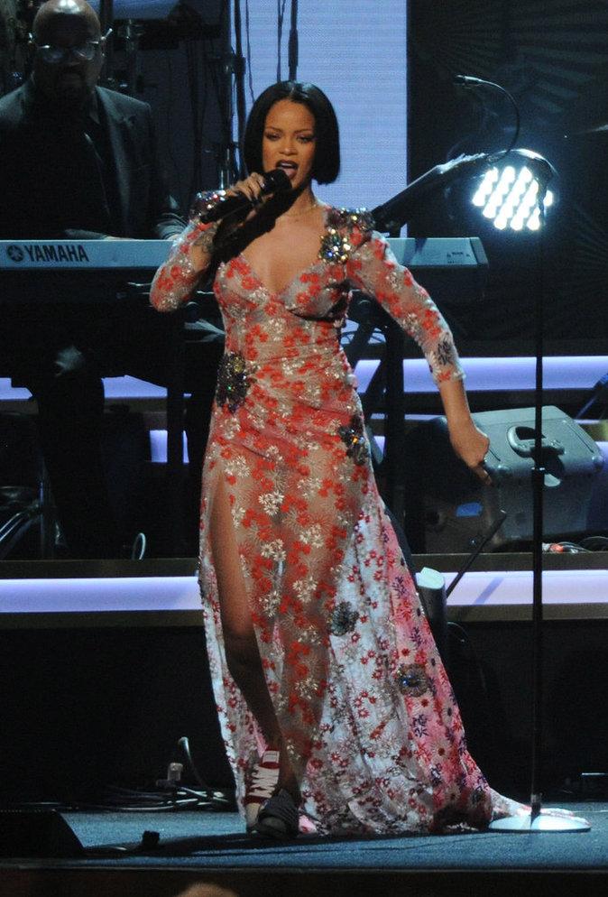 Photos : Rihanna, Taylor Swift, Karrueche : nouvelle tendance mode ...