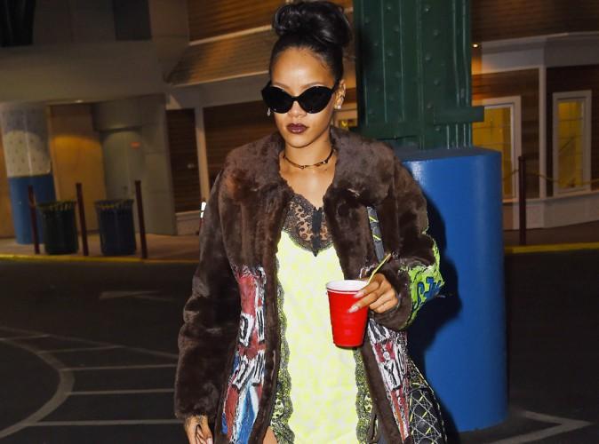 Photos : Rihanna : une fille à la cool pour dévoiler encore un nouveau titre !