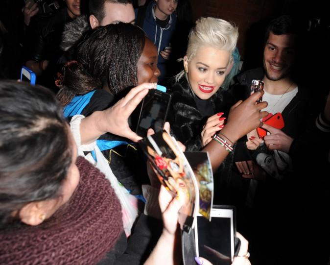 Photos : Rita Ora : tétons en vue, elle ne fait pas dans la dentelle !