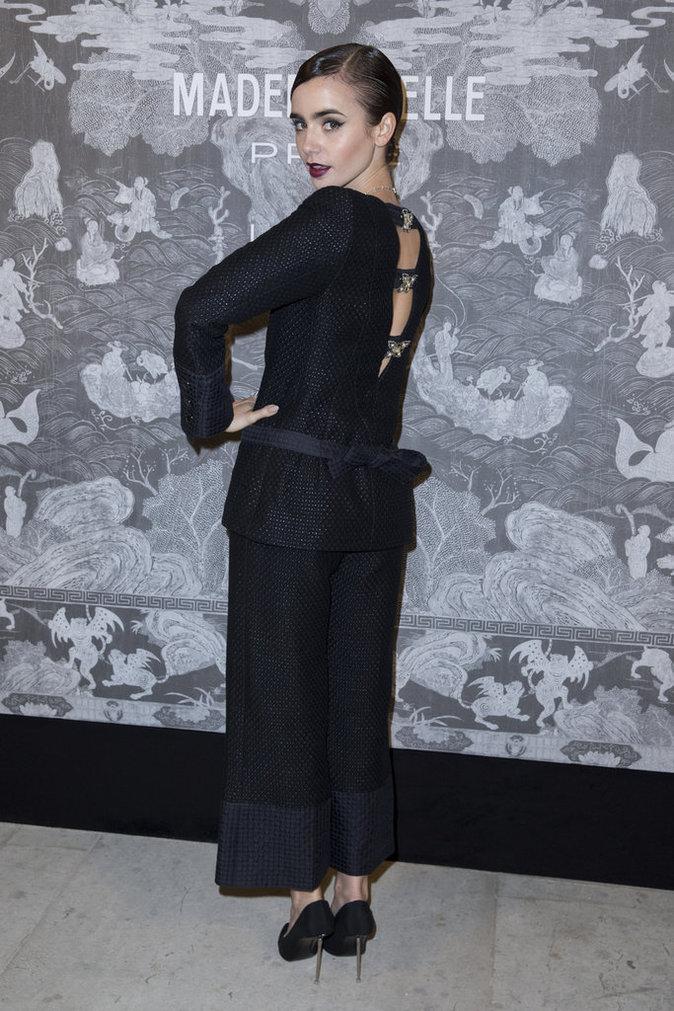 Lily Collins le 12 octobre 2015