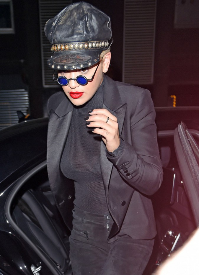 Photos: Rita Ora : rock attitude avec son boyfriend !