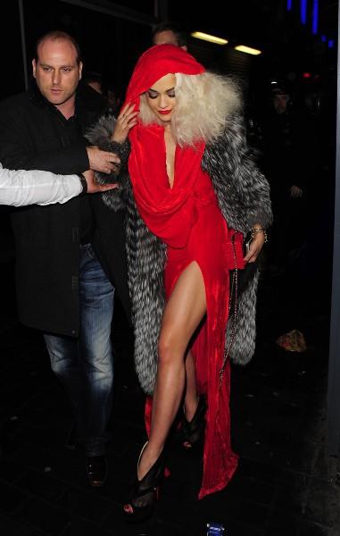 Rita Ora et Calvin Harris à Londres, le 26 novembre 2013.