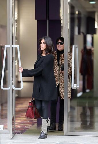 Rob Kardashian en balade à Paris aux côtés de sa petite amie, Naza Jafarian, le 5 avril 2013