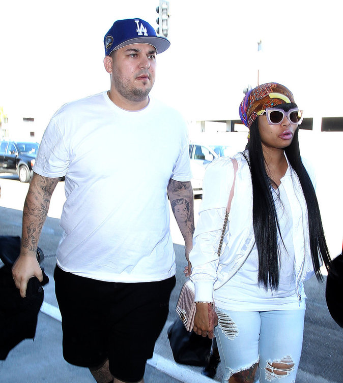 Photos : Rob Kardashian : malade, il zappe encore son régime alimentaire !