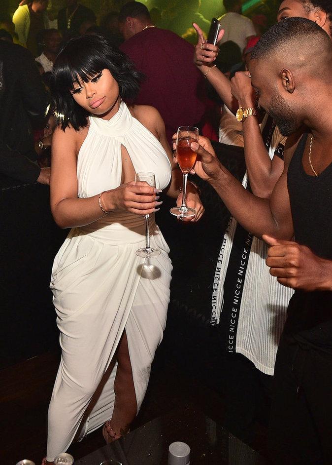 Photos : Rob Kardashian : oups, Blac Chyna fait les yeux doux à un autre...