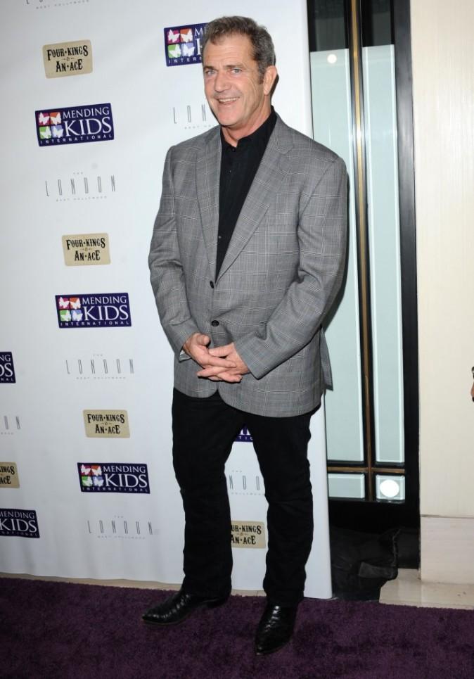 Mel Gibson au tournoi de poker caritatif organisé hier à Los Angeles