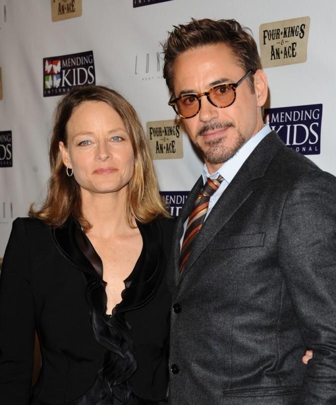 Robert Downey Jr et Jodie Foster au tournoi de poker caritatif organisé hier à Los Angeles