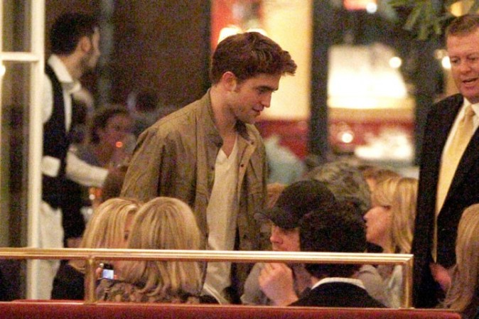 Robert Pattinson à Berlin, le 27 avril 2011.