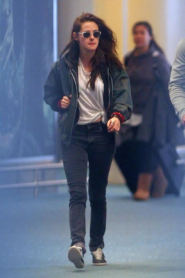 Kristen Stewart le 29 avril 2012 à Vancouver