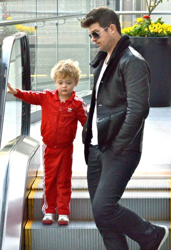 Robin Thicke et son fils Julian en 2014