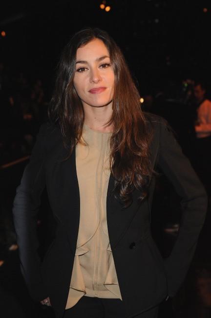 Olivia Ruiz au défilé Elie Saab à Paris, le 7 mars 2012.