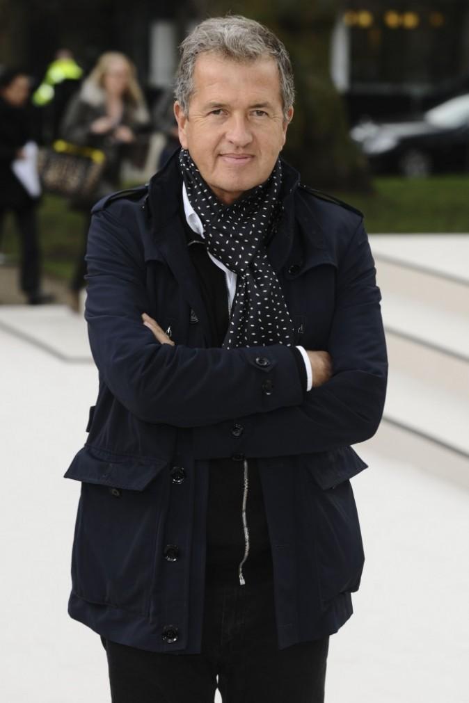 Mario Testino lors du défilé Burberry à Londres, le 20 février 2012.