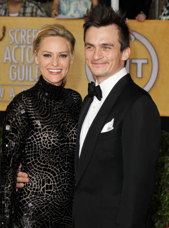 Photos : Rupert Friend : l'acteur d'Homeland s'est fiancé à Aimee Mullins !