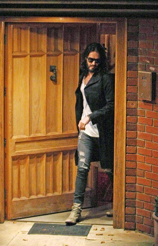Russell Brand au domicile londonien de Geri Halliwell le 29 août 2012
