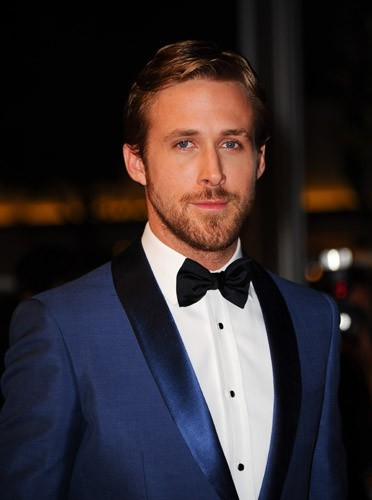 smoking et noeud pap' Ryan Gosling est prêt