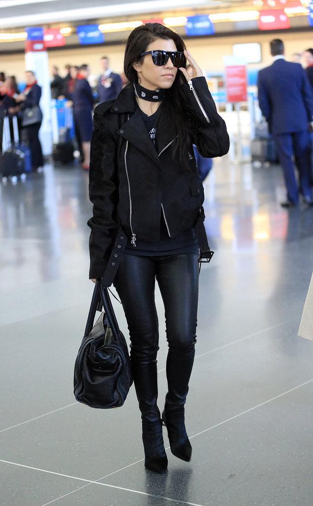 Le total look black comme kourtney Kardashian