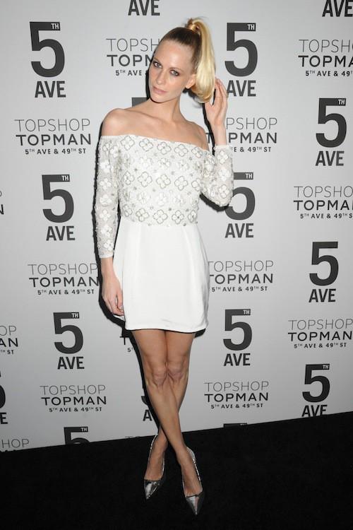 Poppy Delevingne à l'inauguration de la boutique Topshop à New York, le 4 novembre 2014