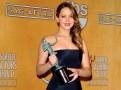 SAG Awards 2013 : Jennifer Lawrence : divine sur tapis rouge, elle a une fois de plus été honorée... Découvrez le palmarès !