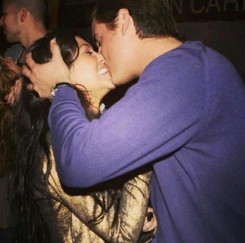 """Kourtney Kardashian et Scott Disick : """"Heureuse et fière de partager ma vie avec mon âme soeur et nos trois petits anges"""""""