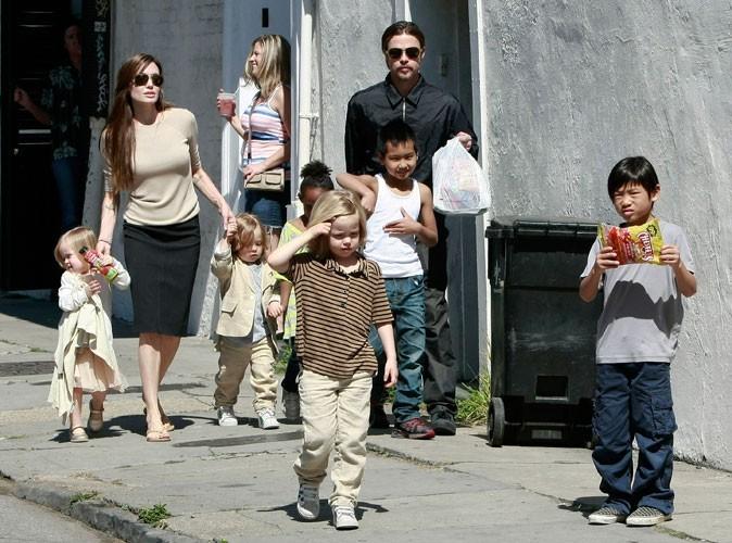 Photos : Angelina Jolie est gaga de sa tribu !