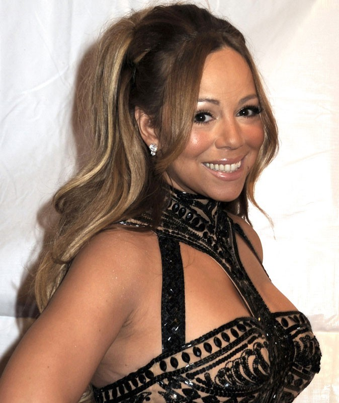Photos : Mariah Carey est gaga de ses jumeaux...