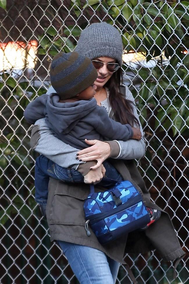 La maman compte pour l'instant se consacrer entièrement à Louis