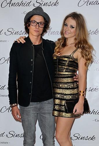 Sara et sa compagne, Aurore, à Paris le 26 septembre 2014