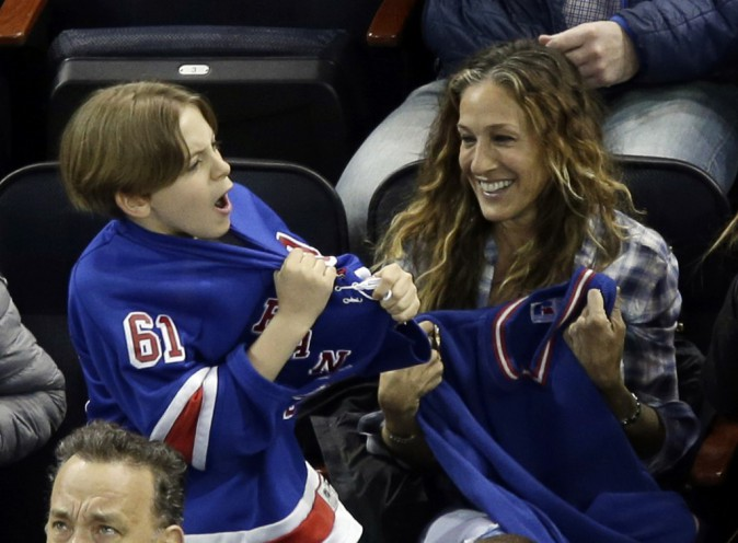Photos : Sarah Jessica Parker et Tom Hanks : la passion du hockey les réunit !