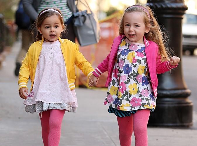 Tabitha et Marion, le 8 avril 2013 sur le chemin de l'école