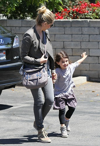 Sarah Michelle Gellar et sa fille Charlotte à Los Angeles le 17 avril 2013
