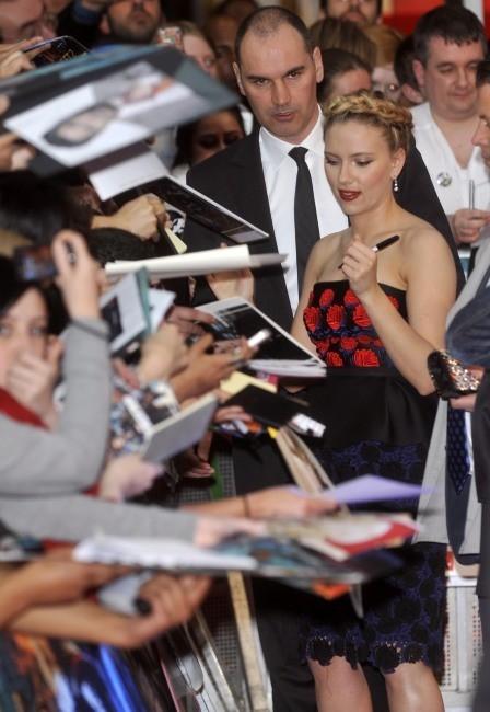 Scarlett Johansson lors de la première du film The Avengers à Londres, le 19 avril 2012.